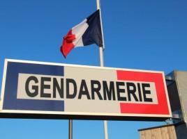 drapeau-et-gendarmerie-S.D-LEssor