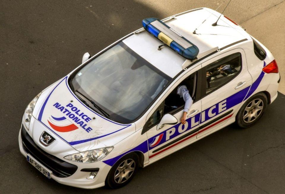 1138367-agression-de-policiers