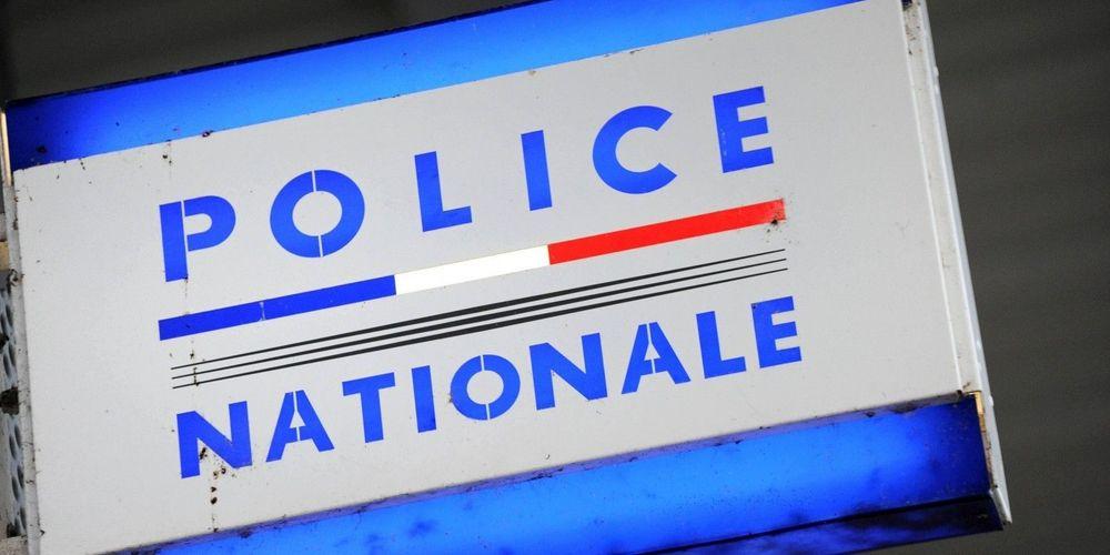 lors-de-la-perquisition-les-policiers-ont-ete-interrompus-par-un-groupe-d-individus-rameutes-par-les-membres-de-la-famille-de-l-adolescent