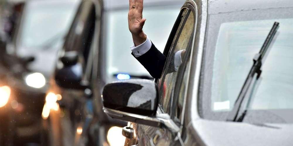 grace-a-la-plaque-les-policiers-ont-decouvert-que-le-vehicule-du-fuyard-etait-une-voiture-banalisee-de-l-elysee