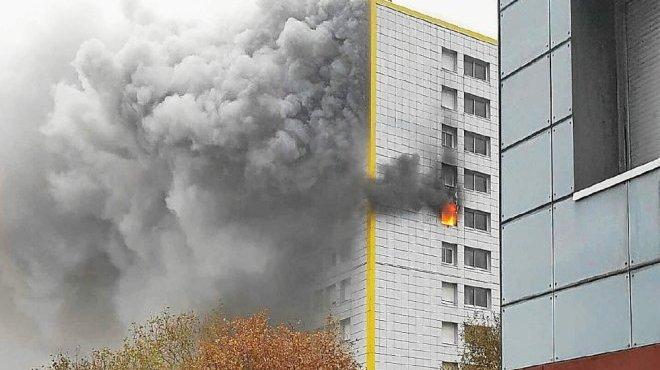 brest-incendie-de-queliverzan-contents-d-etre-en-vie_4897196_660x370