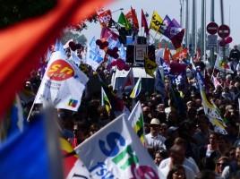 greve-5-decembre-paris-france-manifestation-blocage-reforme-retraites-macron-delevoye-854x576