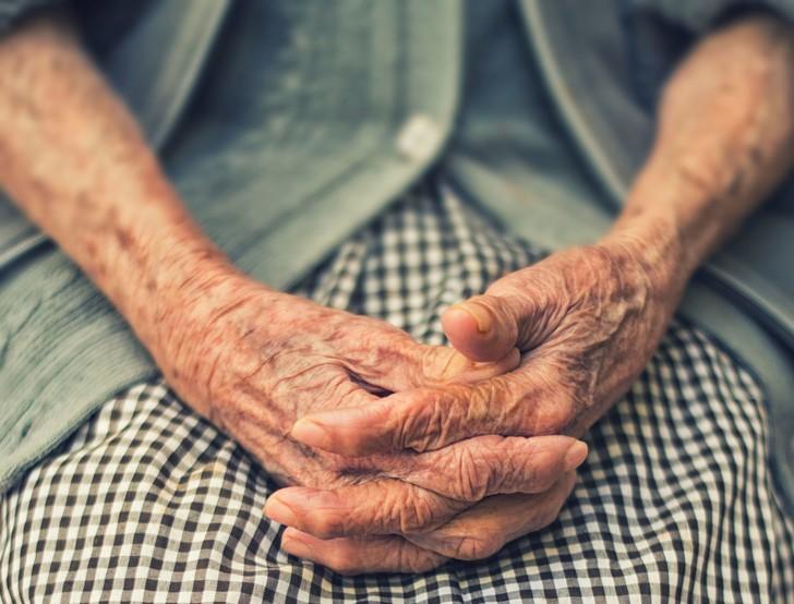 Le-15-juin-journee-mondiale-lutte-contre-maltraitance-personnes-agees_0_730_554