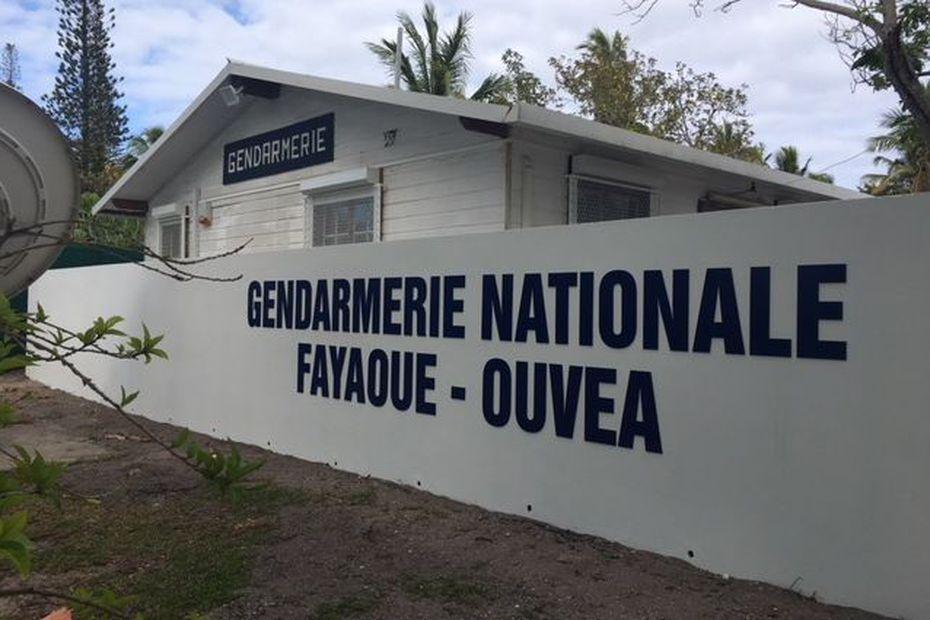 5f336c4b0d0bd_ouvea_gendarmerie-1447778