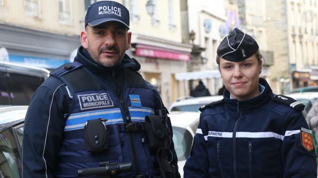 bayeux-gendarmerie-et-police-unissent-leurs-forces-pour-noel