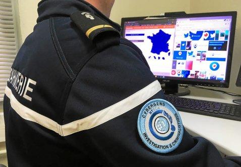 l-idee-de-formaliser-et-structurer-des-cyberpatrouilles-de_3728843_478x330p