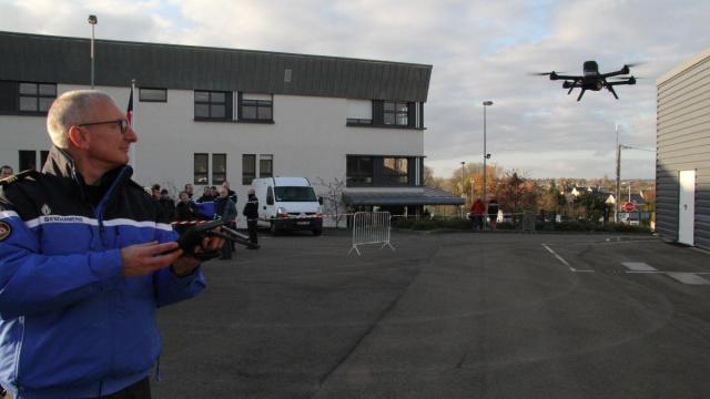 laval-le-drone-nouvelle-arme-des-gendarmes