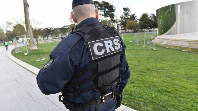 pres-de-nantes-un-policier-se-suicide-avec-son-arme-de-service