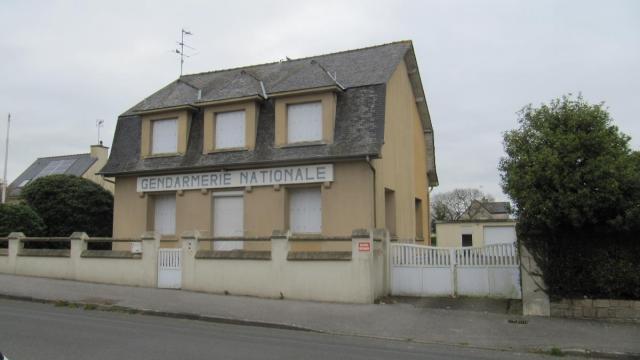 plouguenast-l-ancienne-gendarmerie-est-vendre-aux-encheres