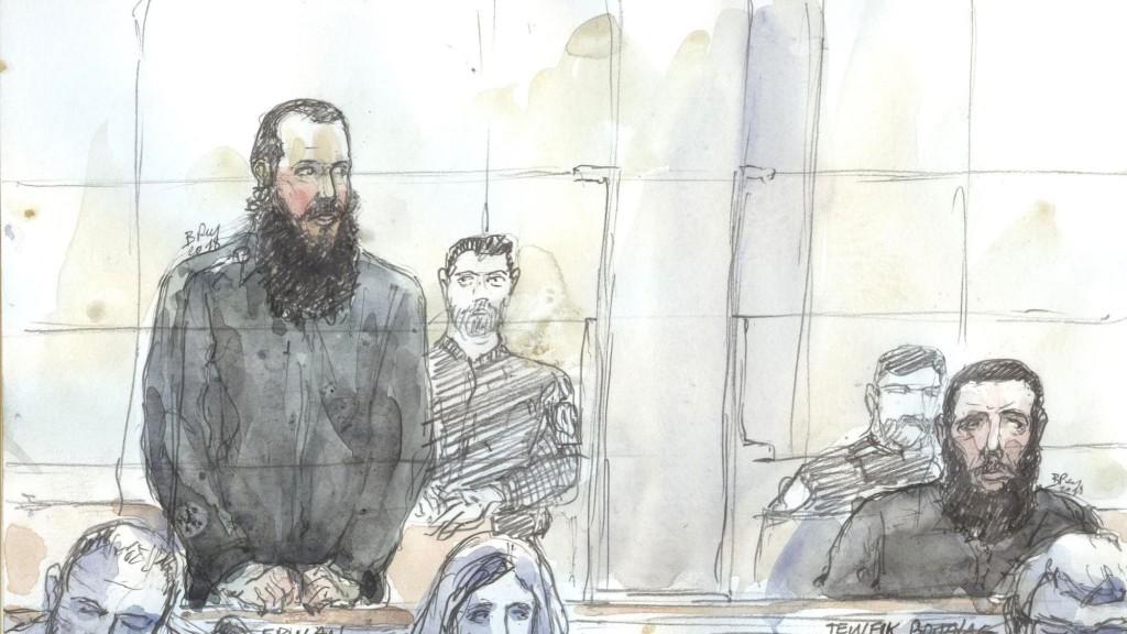 croquis-d-audience-a-la-cour-d-assise-a-paris-ou-comparait-erwan-guillard-parti-faire-le-jihad-en-syrie-dont-le-proces-a-commence-le-19-mars-2018_6032658