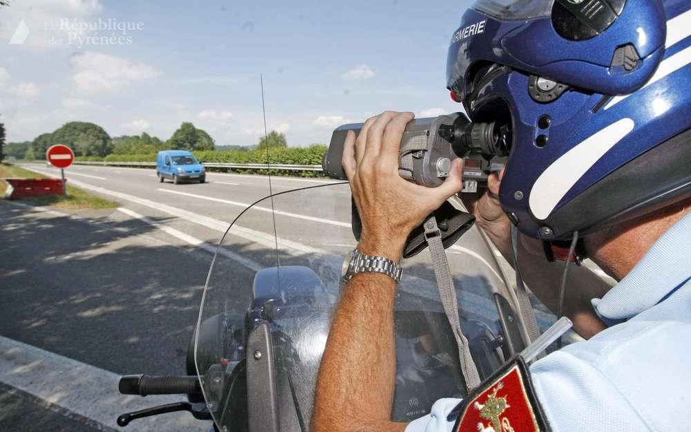 le-jeune-homme-a-immediatement-perdu-son-permis-de-conduire