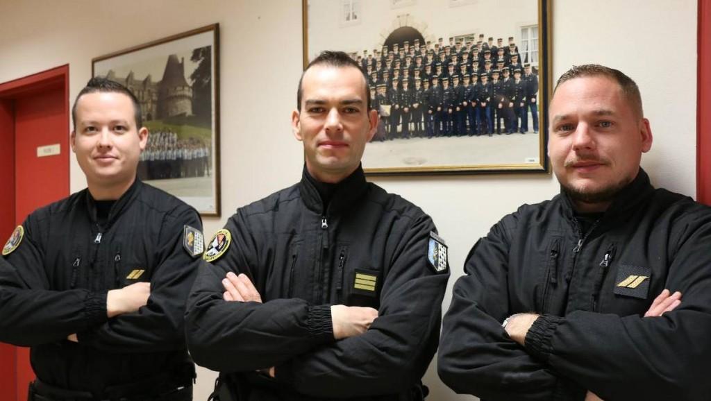 7e950a45f8dfb6bc24234afbd996c09-l-escadron-de-gendarmerie-mobile-de-pontivy-recherche-ses-anciens