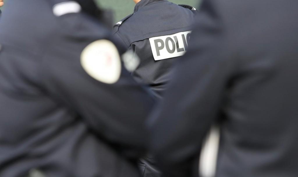 8q18_fc_police-new