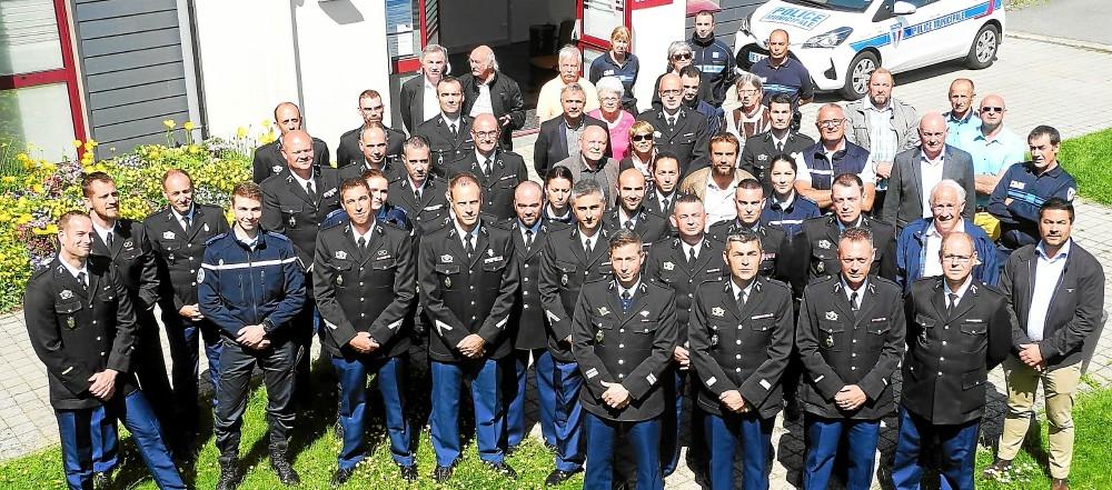 la-rencontre-de-la-gendarmerie-et-des-elus-a-eu-lieu-a_3949124