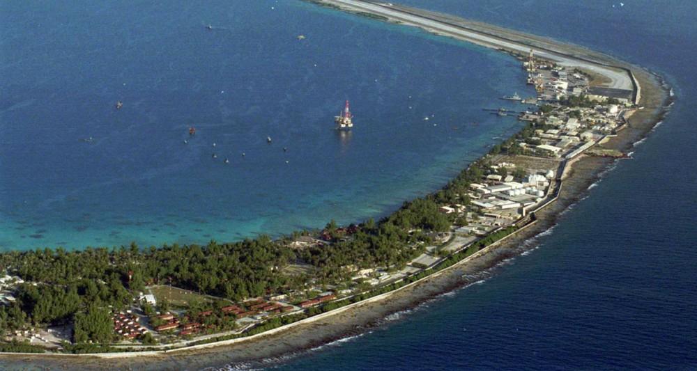 2186440_nucleaire-pourquoi-larmee-continue-de-surveiller-un-atoll-polynesien-web-tete-0301858611519