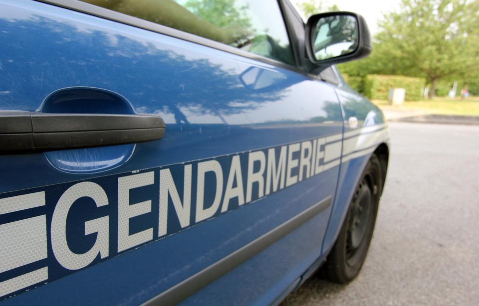 960x614_illustration-voiture-gendarmerie