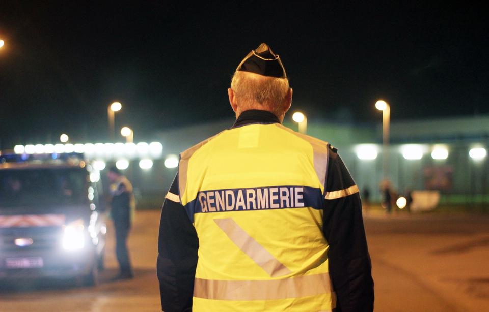 960x614_illustration-patrouille-gendarmerie-abords-rennes