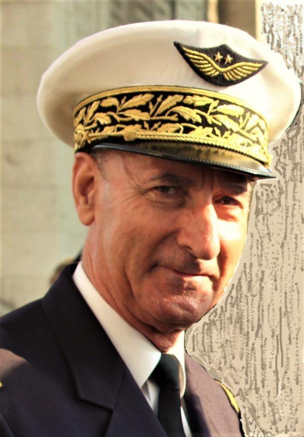 Antoine-Martinez-Général-600x863