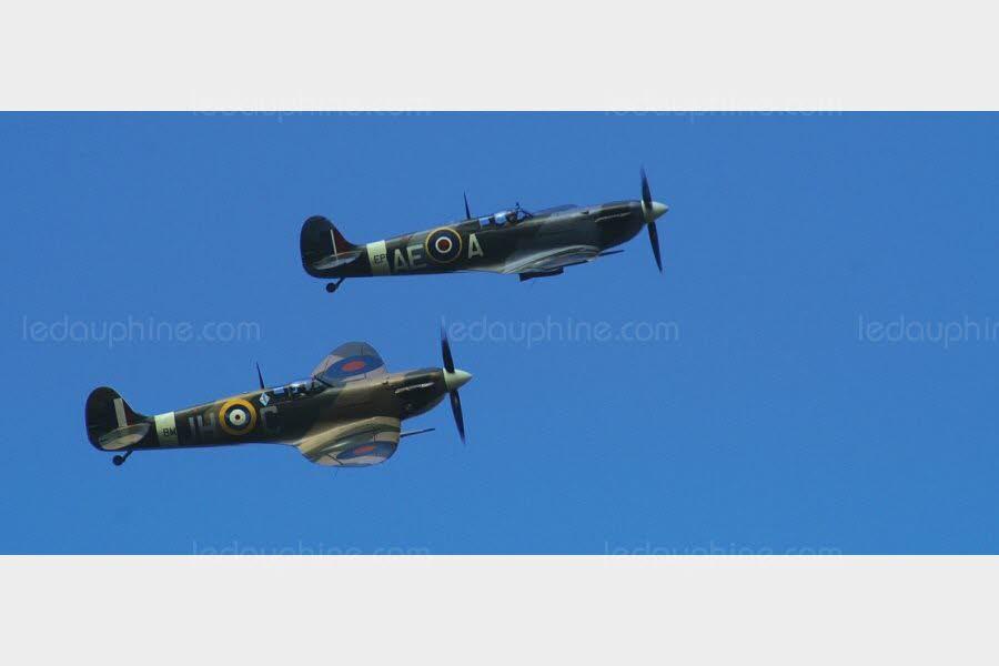 des-avions-spitfire-photo-domaine-public-andyc666-pixabay-1532891318