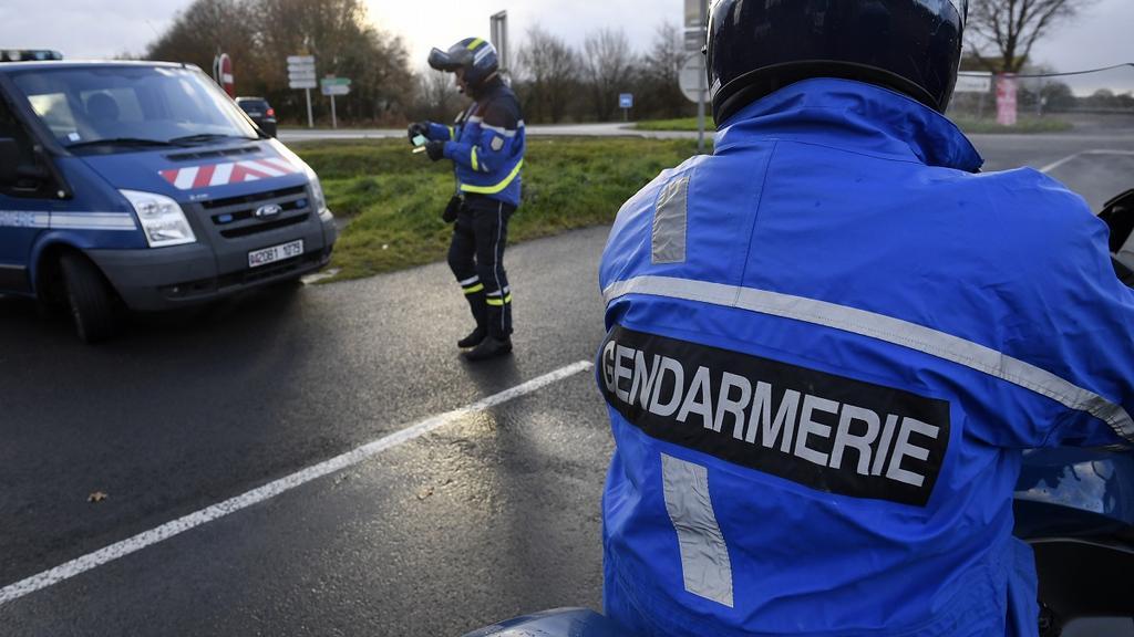 gendarmerie-controle-route-illustration-a68fe2-0@1x