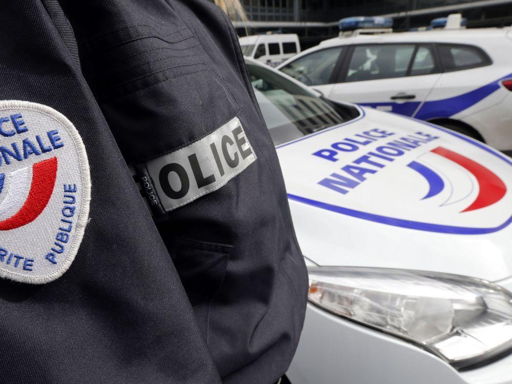 cover-r4x3w1000-5beb10387c6ec-enquete-sur-le-deces-d-une-policiere