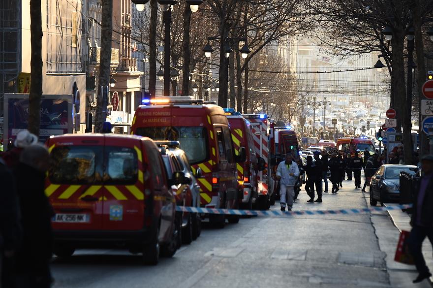 FRANCE-ASSAULT-POLICE-EMERGENCY