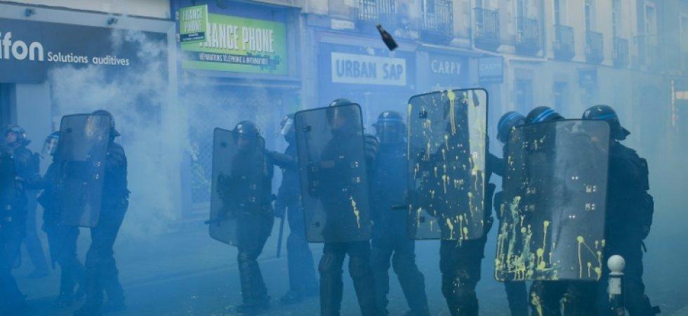 661_afp-news_db2_56c_5d8218eed9935e8f0499521002_gilets-jaunes-des-policiers-et-gendarmes-fatigues-confrontes-a-la-violence|000_1DS6NC-highDef