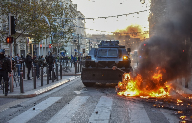 640x410_blinde-deployes-marseille-suite-heurts-entre-police-manifestants