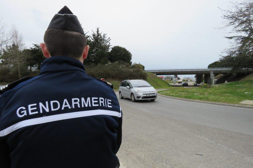 contrôle-gendarmes-854x569