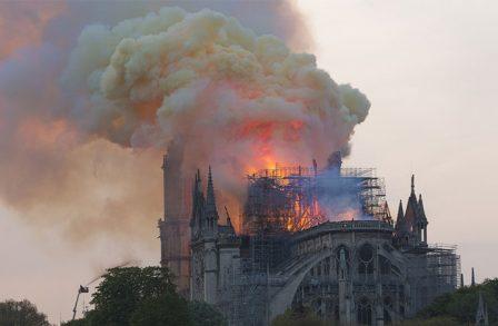 Notre-Dame-de-Paris-Macron-448x293