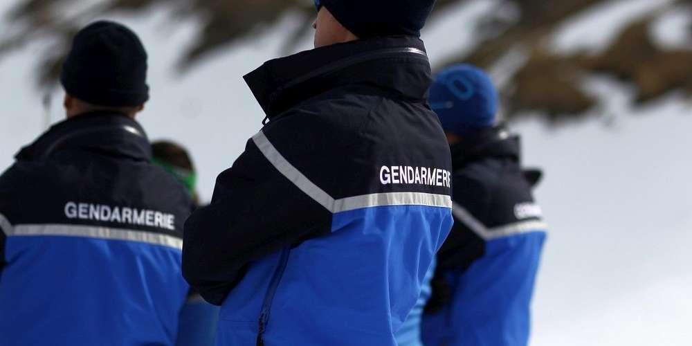 les-trois-gendarmes-etaient-en-poste-a-la-pierre-saint-martin-pour-l-hiver-2016-2017