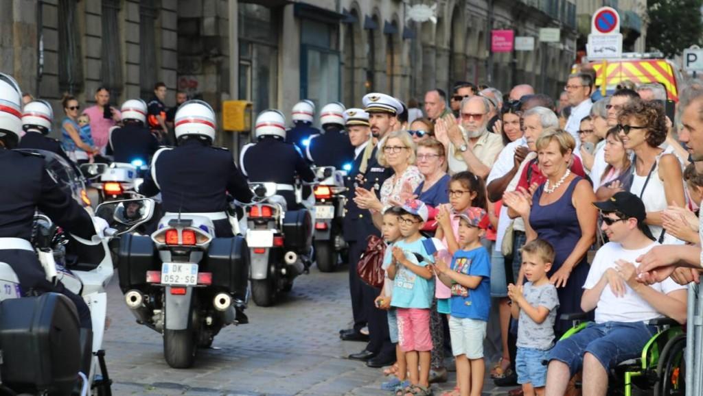fa1deb32babd6936bbc4218100725818-enquete-publique-quels-sont-vos-liens-avec-les-policiers-et-gendarmes_0