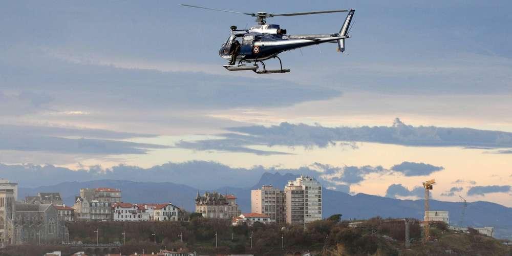 l-helicoptere-ecu-64-de-la-gendarmerie-de-bayonne-a-transporte-la-personne-vers-le-centre-hospitalier-cote-basque