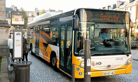 la-scene-a-eu-lieu-a-l-arret-de-bus-ergue-armel-bourg-peu_4834159_540x322p
