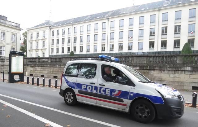 voiture-police-centre-ville-nantes