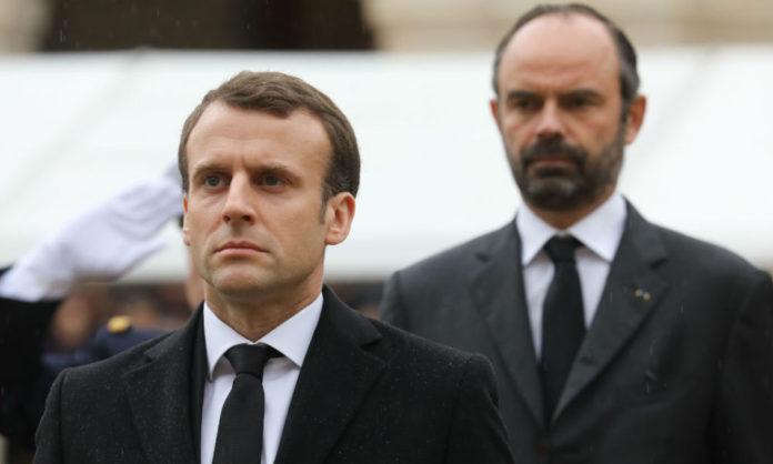 Macron-Philippe-696x418