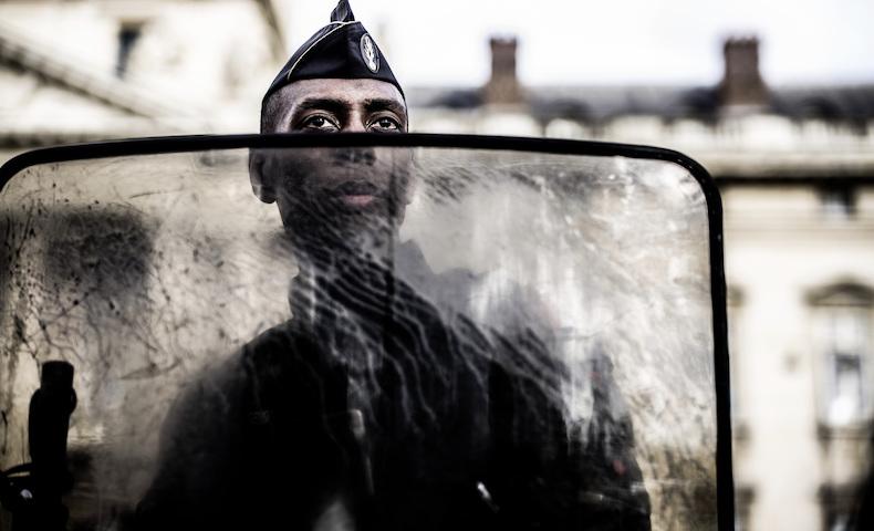 RASSEMBLEMENT A PARIS CONTRE LE RACISME ET LES VIOLENCES POLICIERES.