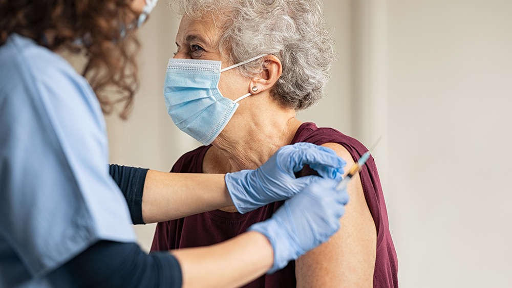 Covid-19-Coronavirus-Senior-Citizen-Nurse-Vaccine-Syringe