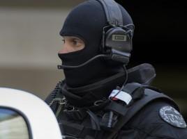 640x410_policier-raid-illustration