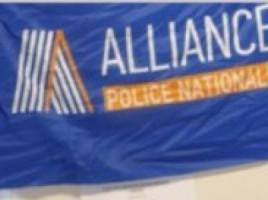 Alliance-police-nationale-drapeau