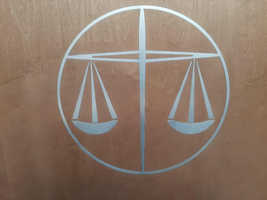 justice-1-854x641