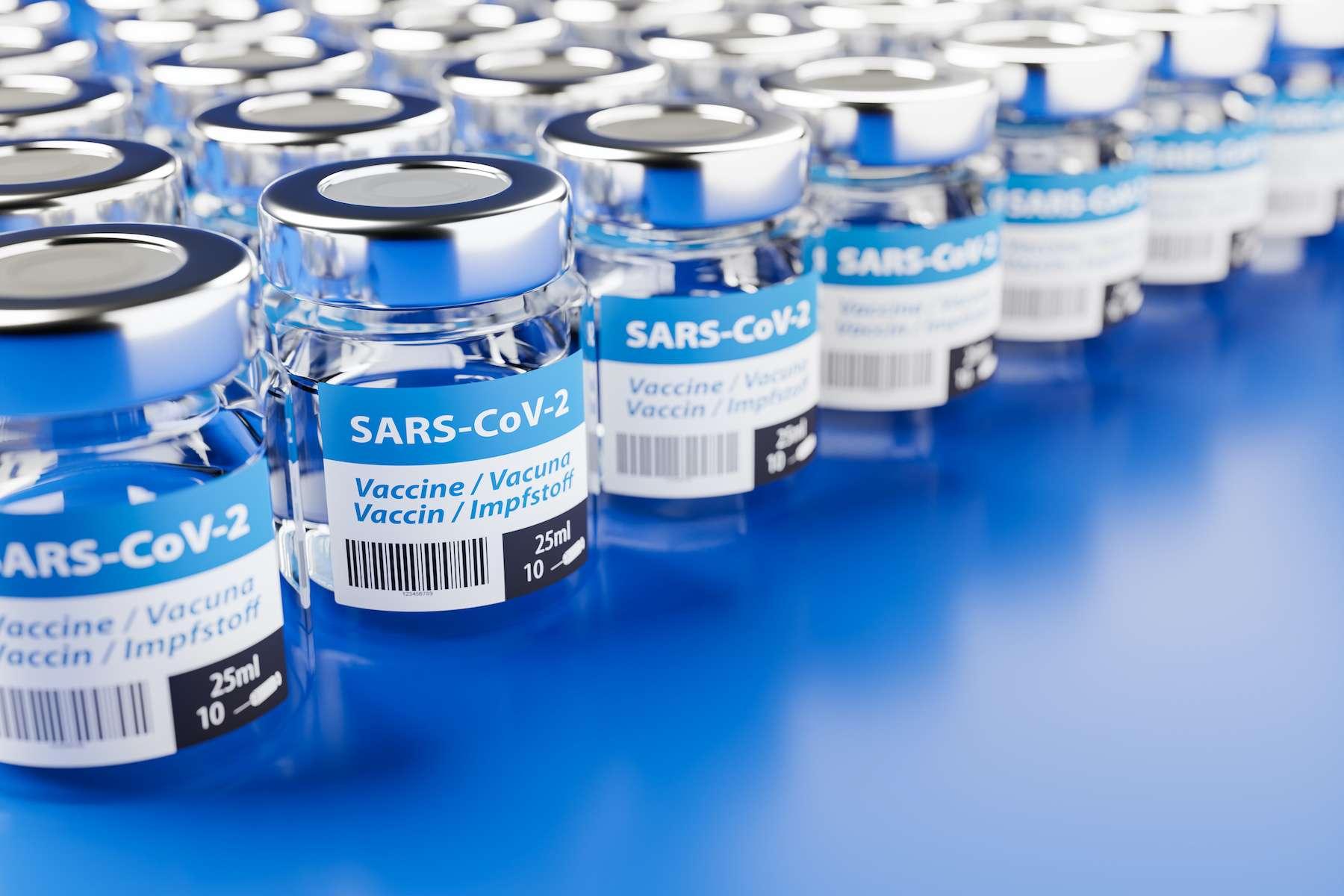 665674a6e2_50166004_doses-vaccin-coronavirusandreas-prott-adobe-stock