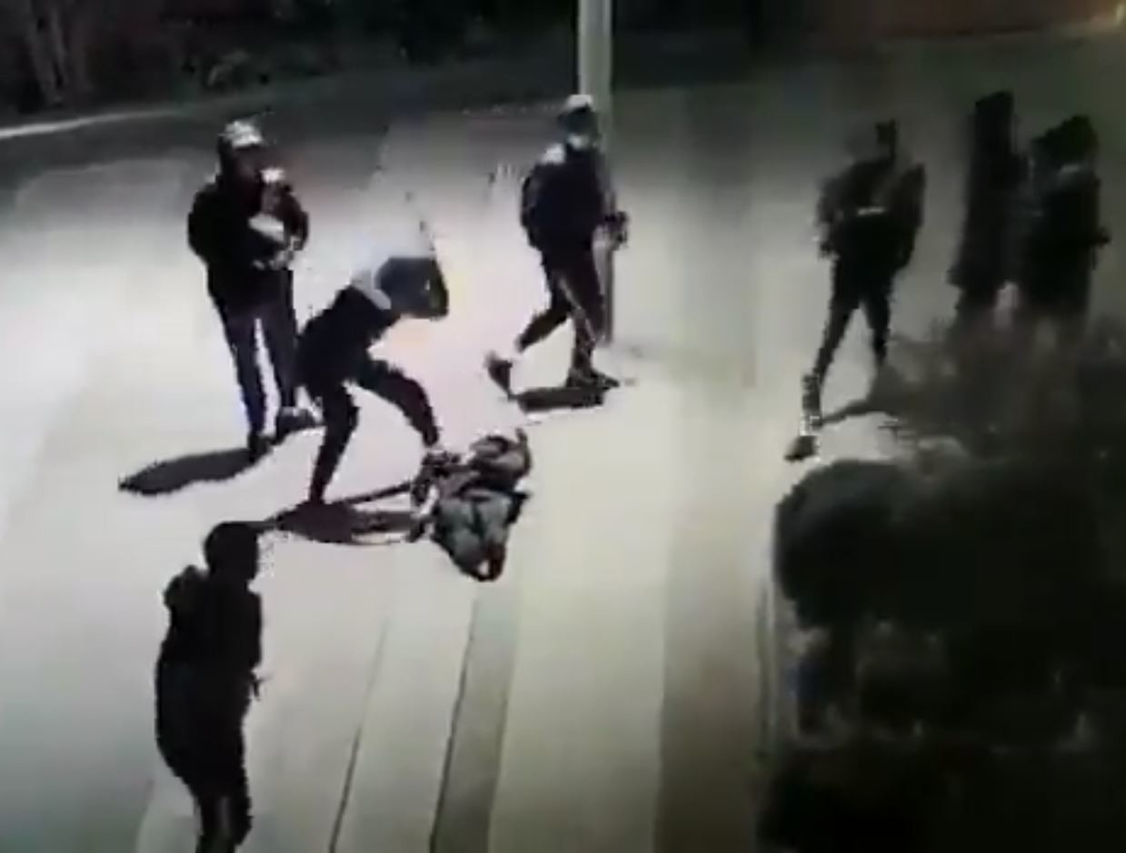 yuriy-paris-15eme-arrondissement-agression-adolescent-coma-hopital-dalle-beaugrenelle-mere-necker-police