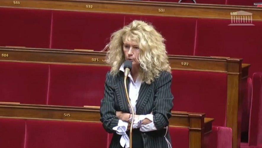"""Non, la Garde Républicaine ne s'est pas """"retirée"""" comme l'affirme Martine Wonner"""